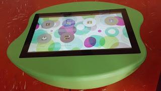 Jeux: tablette géante